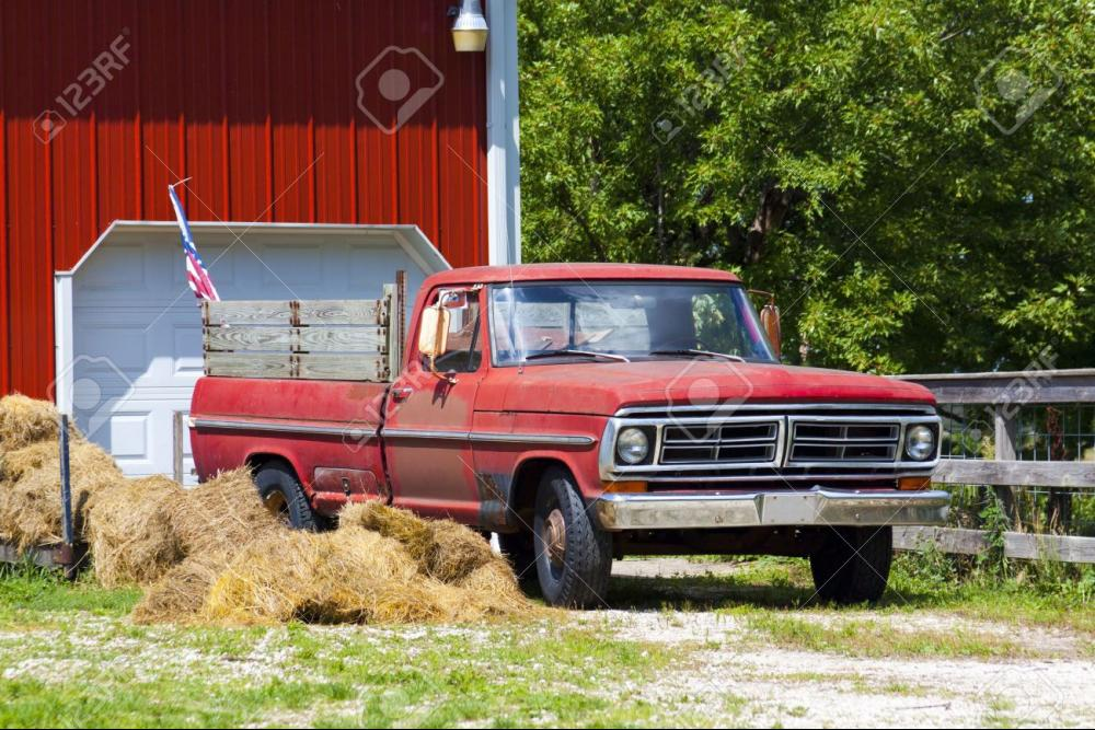 14886184-Old-Pickup-Truck-Stock-Photo-farm.jpg